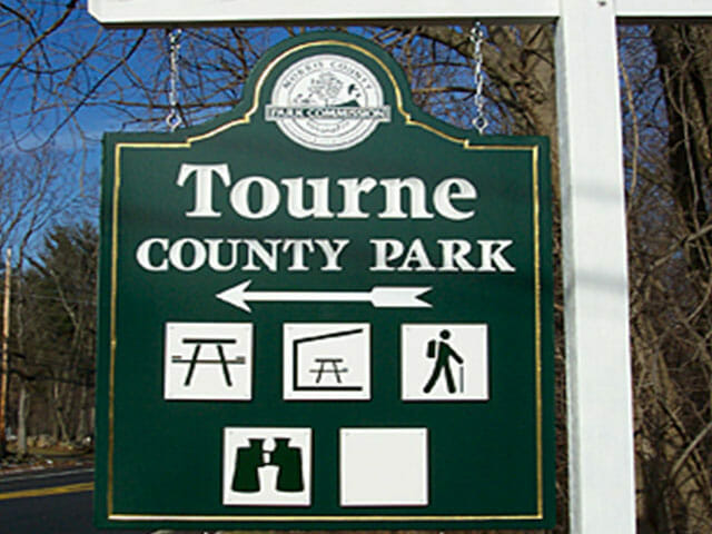 Carved Sign for Tourne Country Park
